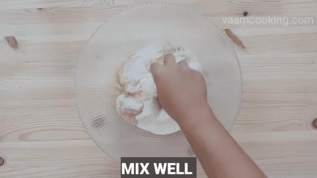 Fried-rava-modak-recipe-mix-suji-and-ghee