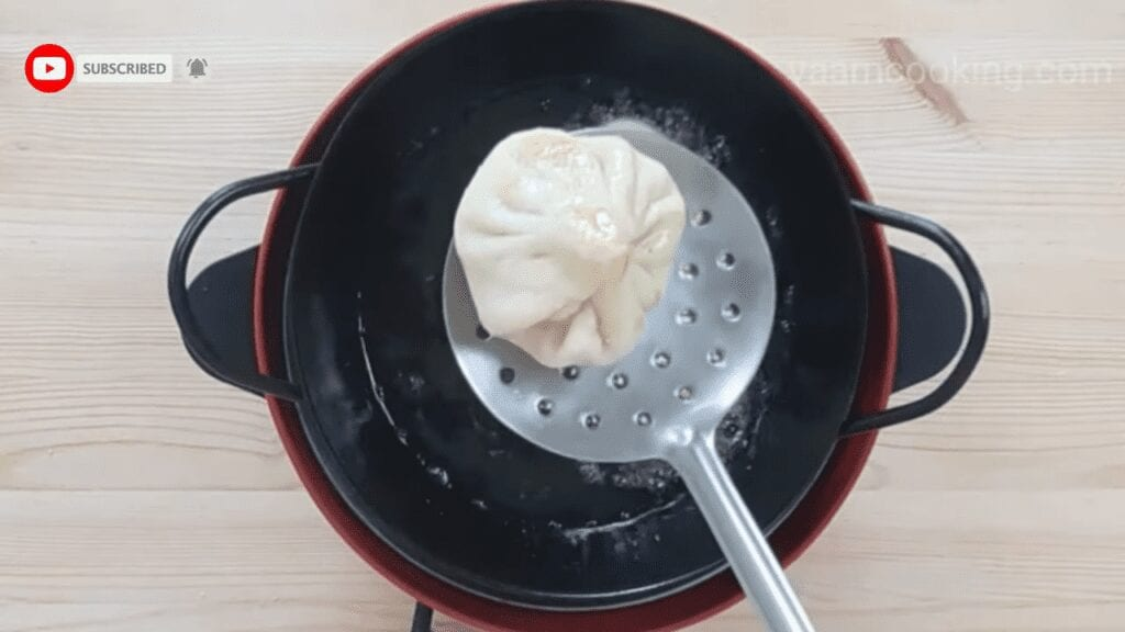 Fried-rava-modak-recipe-frying-modak-ready