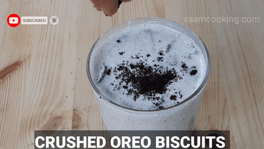 Oreo-Mcflurry-recipe-homemade-Oreo Mcflurry-crushed-oreo-biscuits-at-end