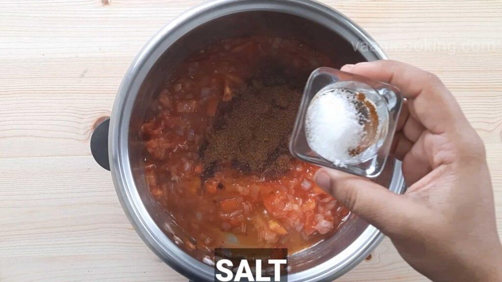 Paneer tikka pizza Pizza sauce Salt
