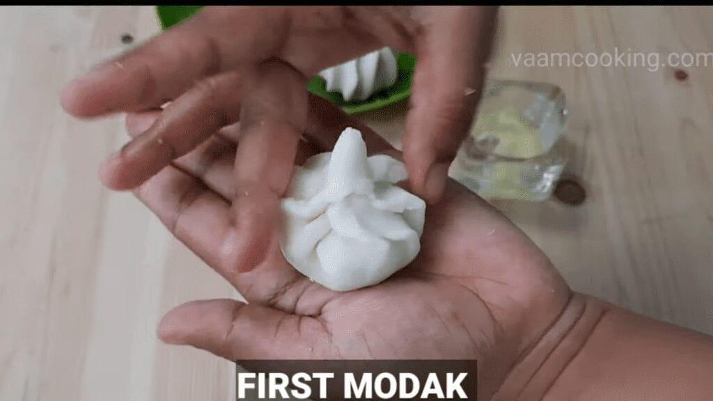 ukadiche-modak-first-timer-first-modak
