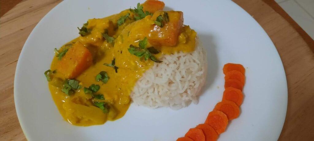 Vegetarian-thai-yellow-curry