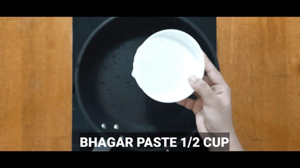 Vrat-Dahivada-recipe-bhagar-paste