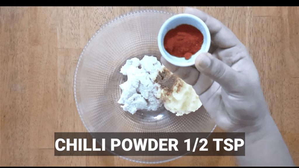 Vrat-Dahivada-recipe-chili-powder