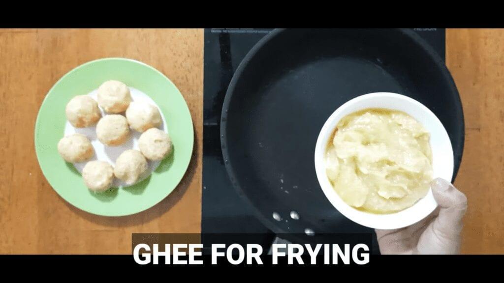 Vrat-Dahivada-recipe-ghee-for-frying