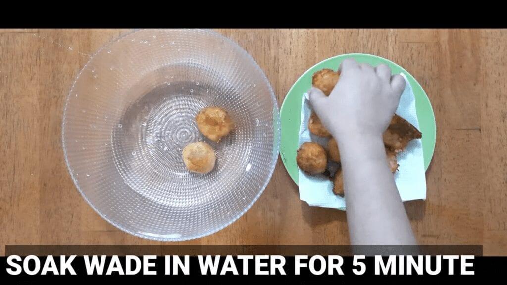 Vrat-Dahivada-recipe-soak-vada-in-water