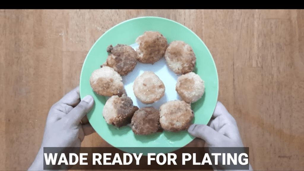 Vrat-Dahivada-recipe-vada-ready-for-plating