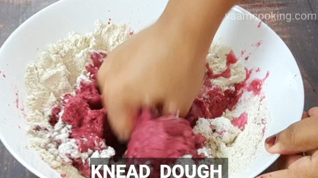 beetroot_paratha_recipe knead dough
