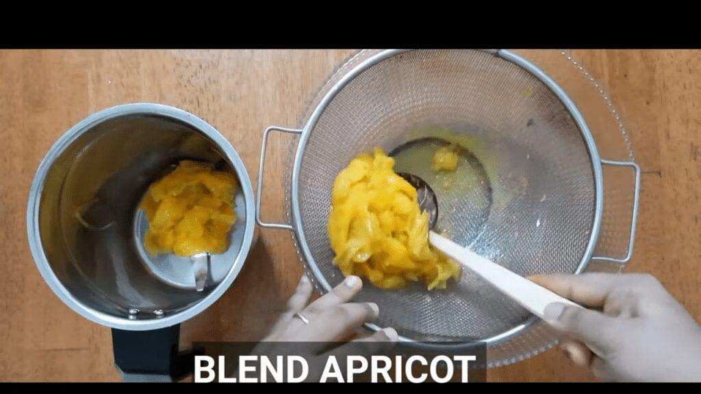 homemade-apricot-jam-belnd-apricot