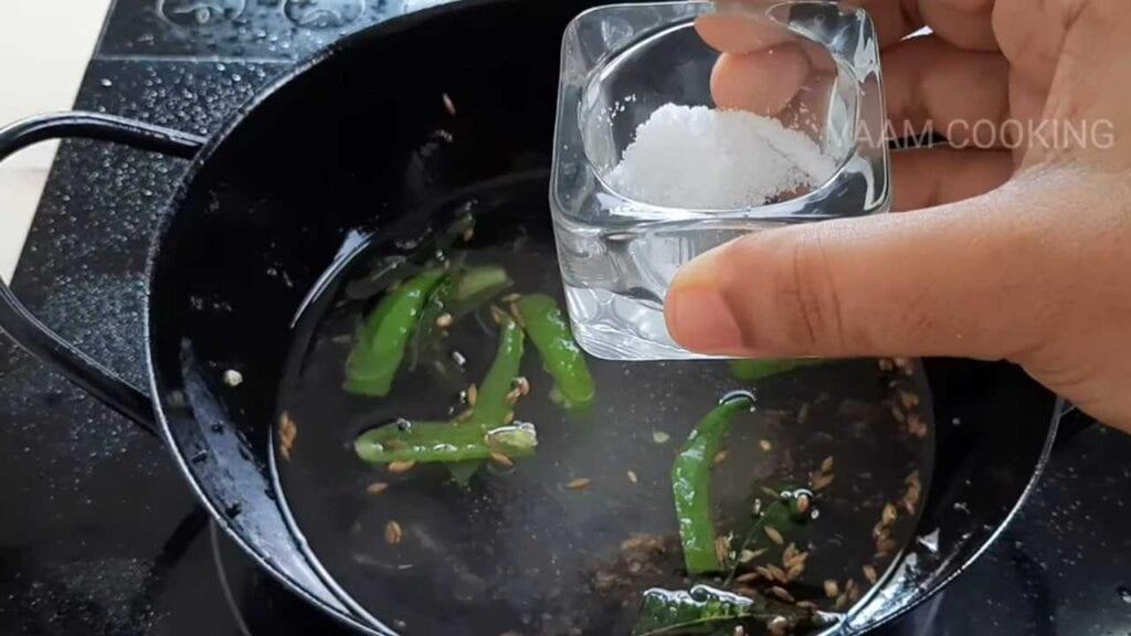 instant-khaman- dhokla-tadka-salt