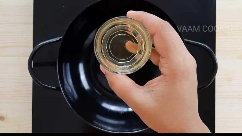 instant-khaman- dhokla-tadka-oil