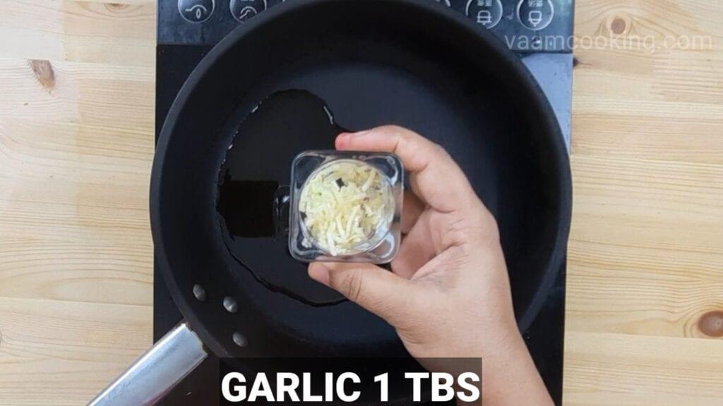 schezwan-fried-rice-garlic