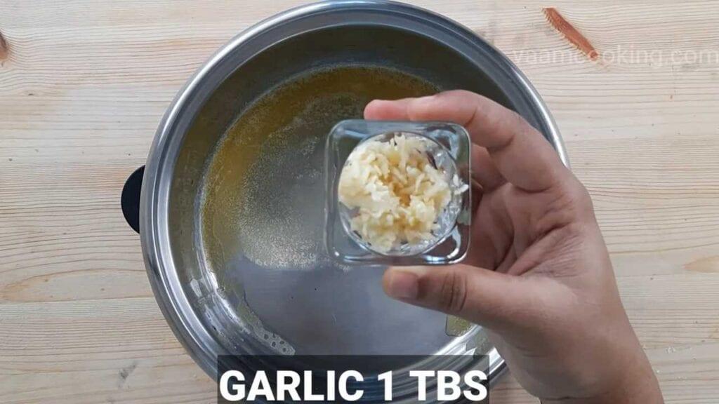 white sauce pasta vegetarian pasta garlic