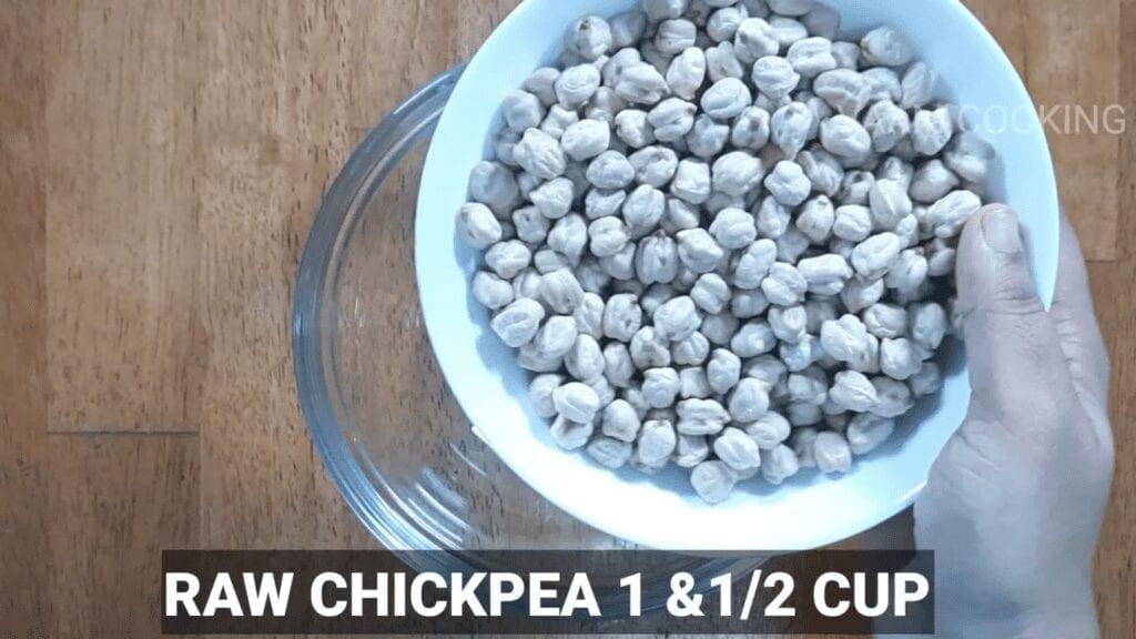 Amritsari-chole-recipe-Punjabi-chole-recipe-raw-chickpea