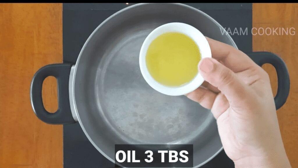 Amritsari-chole-recipe-Punjabi-chole-recipe-oil