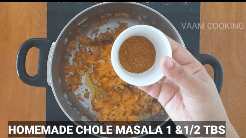 Amritsari-chole-recipe-Punjabi-chole-recipe-homemade-chole-masala