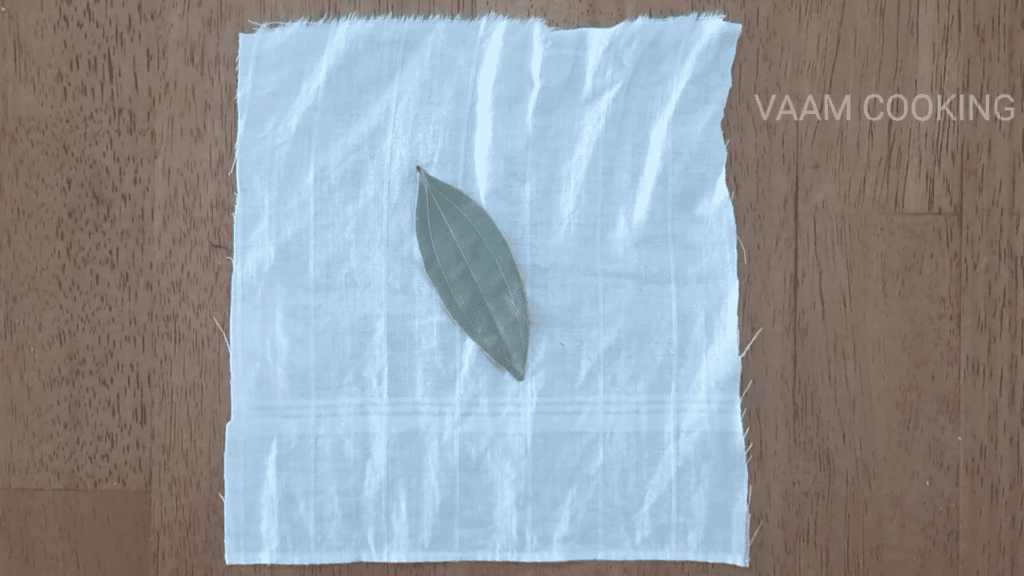 Amritsari-chole-recipe-Punjabi-chole-recipe-secret-potali-leaf