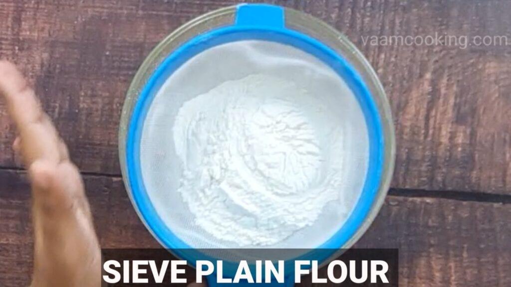 choco-lava-cake sieve