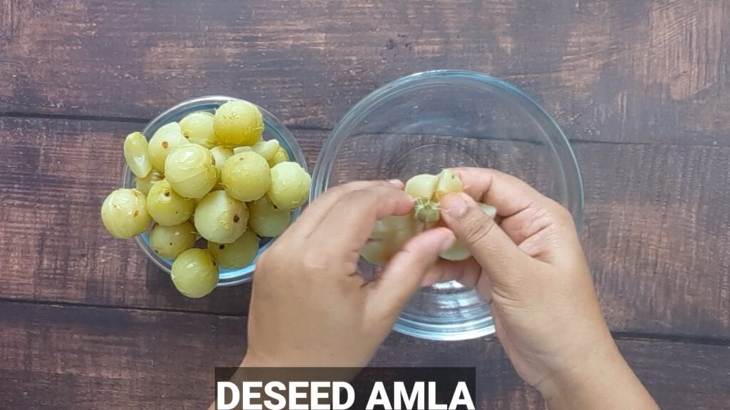 homemade-chyawanprash-recipe-blend-dessed-amla