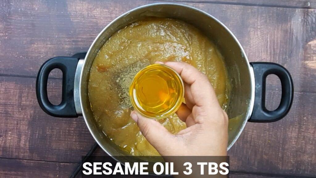 homemade-chyawanprash-recipe-sesame-oil