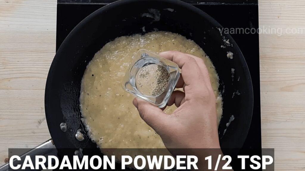 khoya-barfi-recipe-mawa-barfi-recipe-cardamon