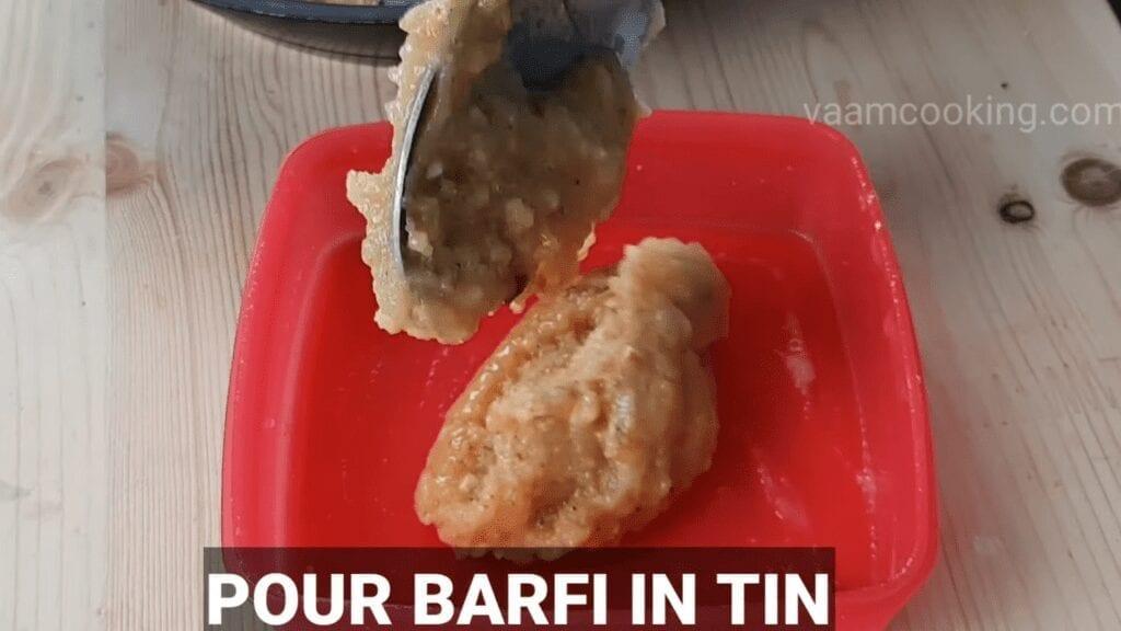 khoya-barfi-recipe-mawa-barfi-recipe-pour-barfi