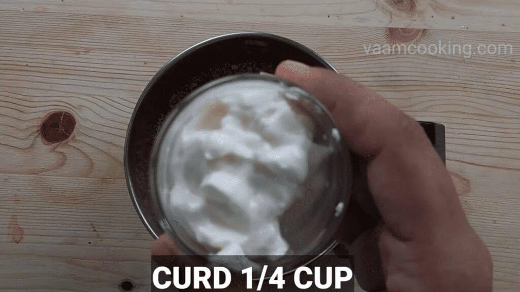 sabudana-vada-recipe-peanut-chutney-curd