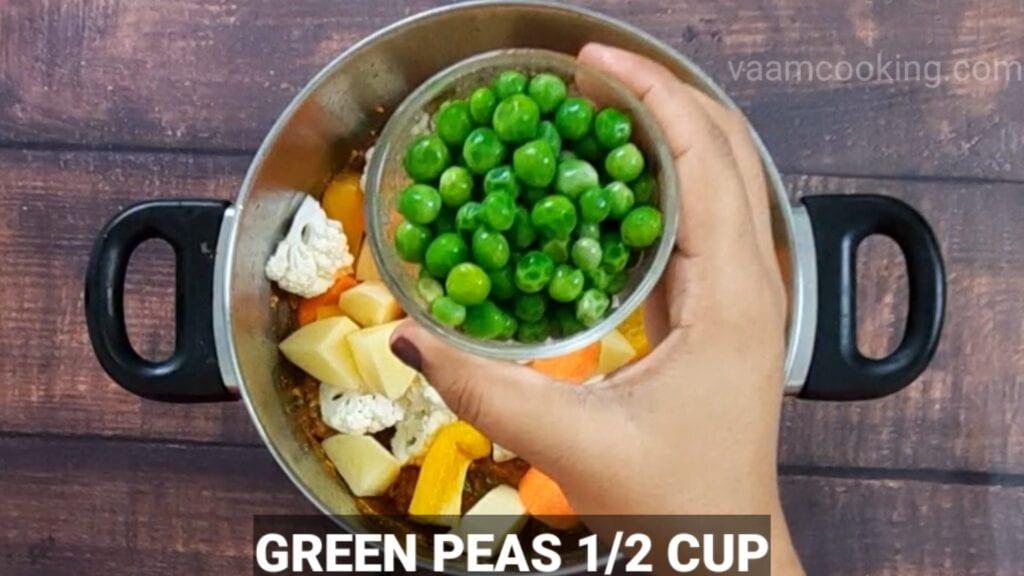 veg-korma-recipe add green peas