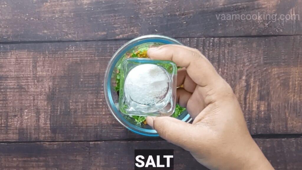 Bharwa-baingan-recipe-salt-stuffing