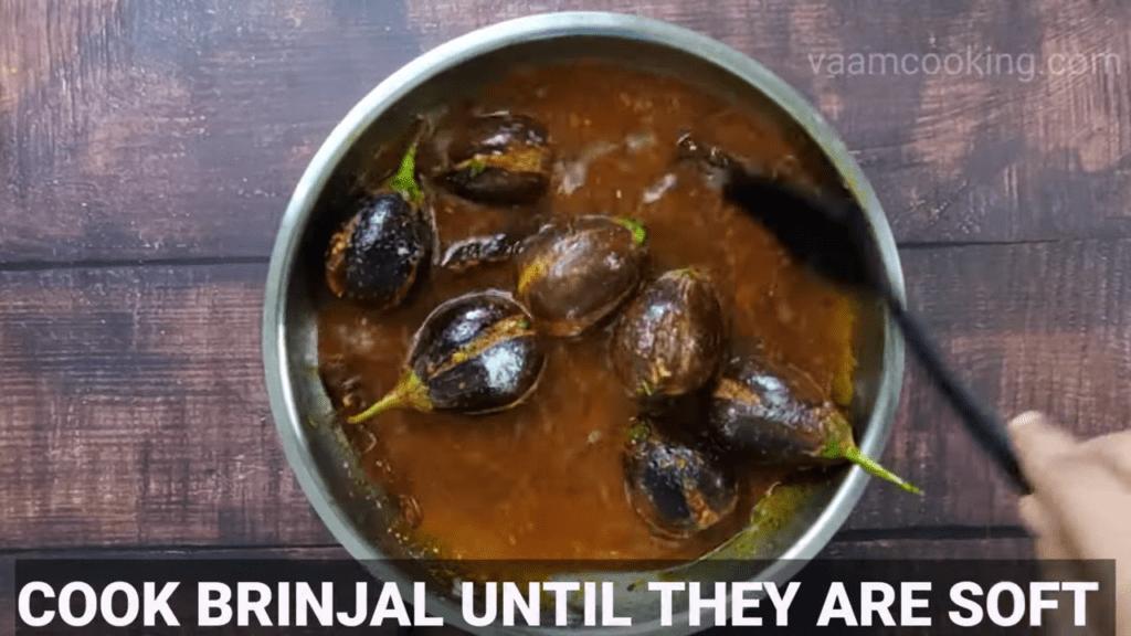 Bharwa-baingan-recipe-curry-cook-brinjal
