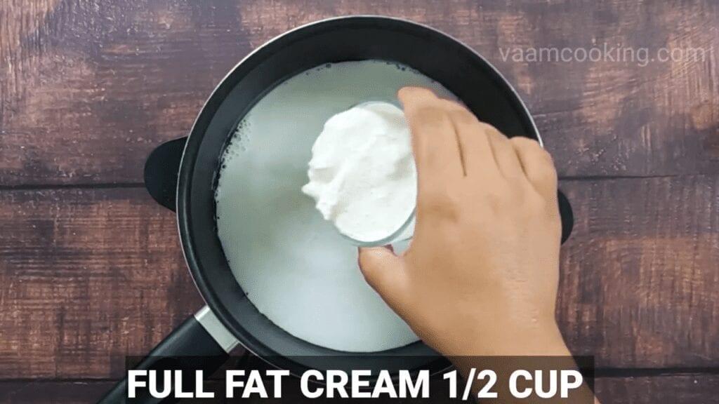 Eggless-Crème-Brulee-recipe-full-fat-creme