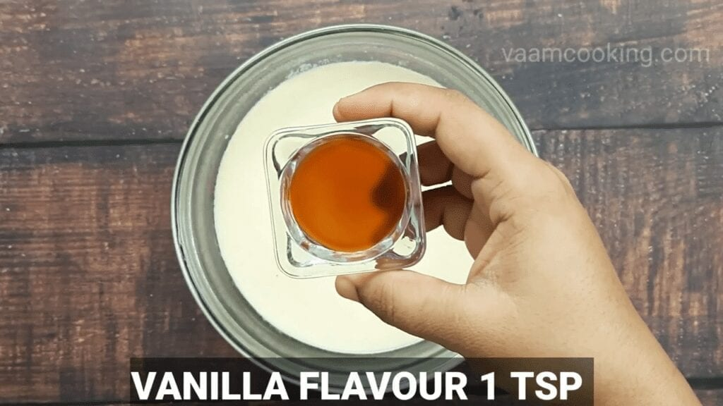 Eggless-Crème-Brulee-recipe-vanilla-flavor