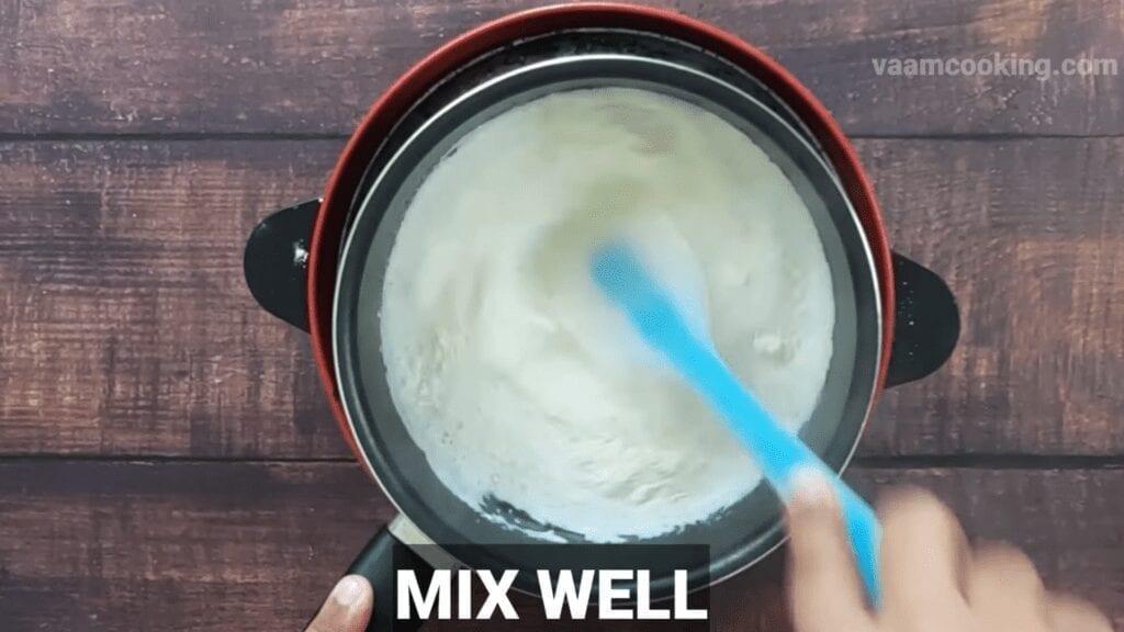 Mayonnaise-sauce-recipe-mix-well