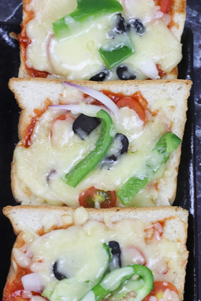 bread-pizza-recipe-pizza-on-tawa-pin