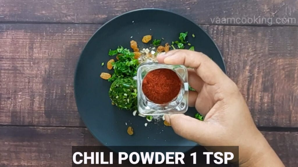 paneer-pasanda-recipe-add-chili-powder