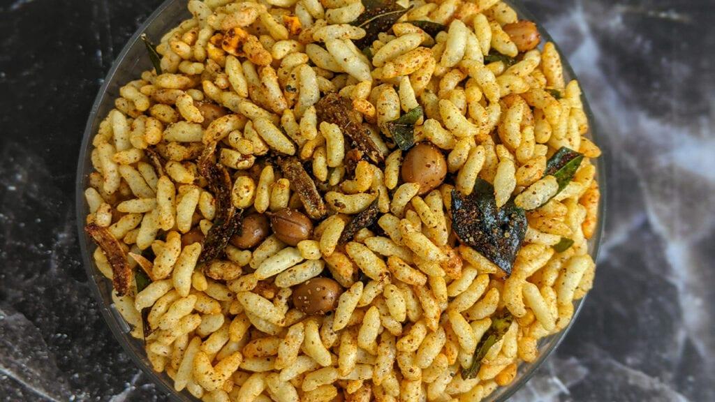 spicy-kolhapuri-bhadang-recipe