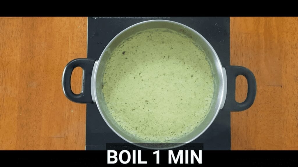 thai-green-curry-vegetarian-homemade-thai-green-curry-boil-curry