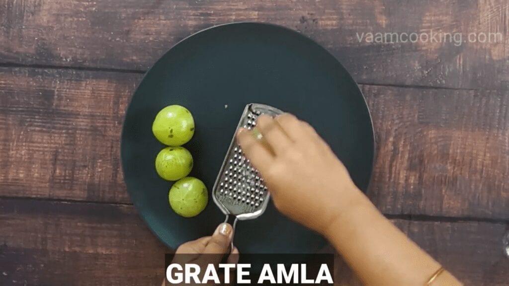 spicy-amla-chutney-Grate-Amla