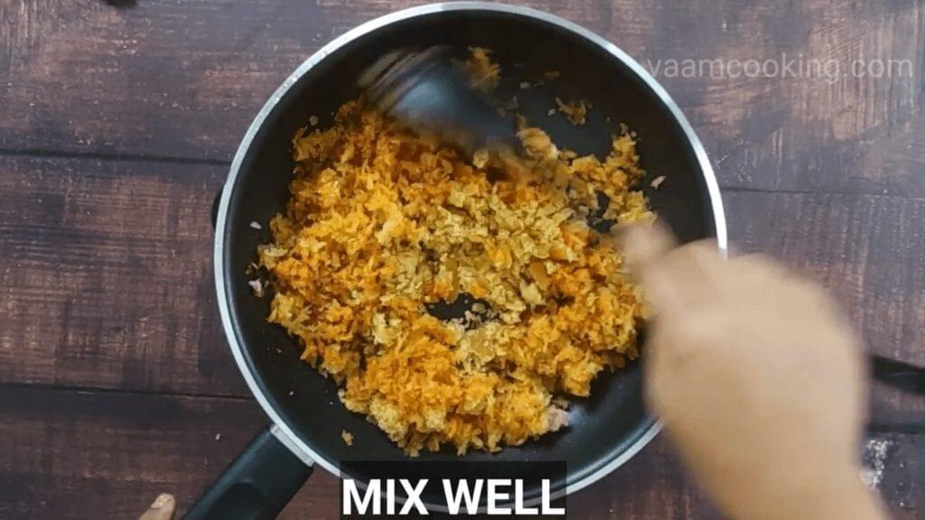 spicy-amla-chutney-Mix-Well.