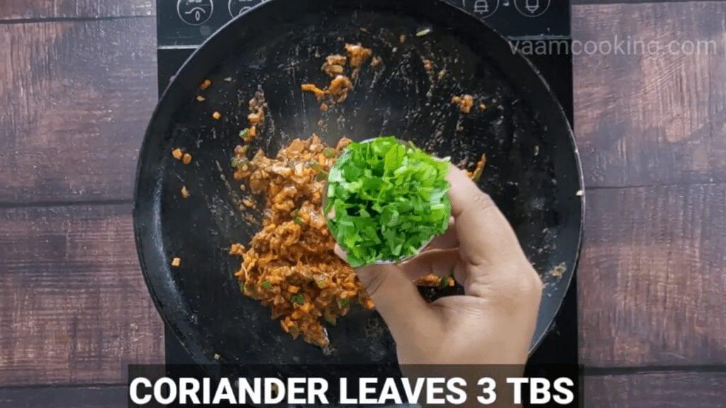 masala-pav-recipe-coriander-leaves