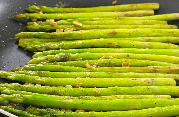 sauteed asparagus thumbnail